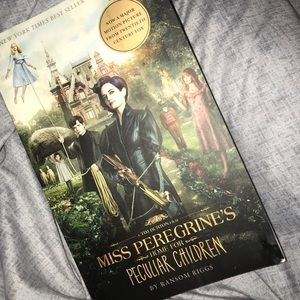 MISS PEREGRINES HOME FOR PECULIAR CHILDREN NOVEL